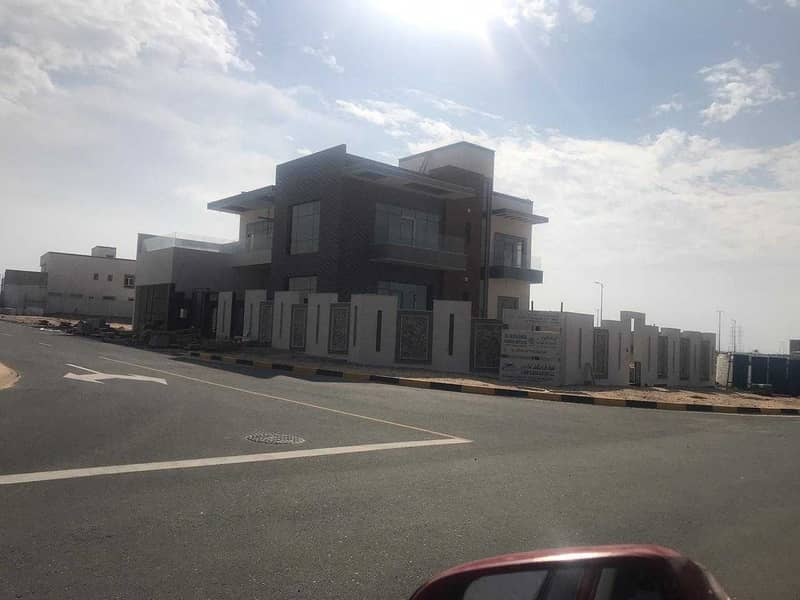 For sale land in TILAL project in Sharjah, on the Emirates Road, a very special location in an integrated city.