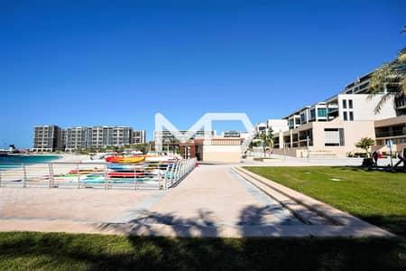 فلیٹ 3 غرف نوم للبيع في شاطئ الراحة، أبوظبي - شقة في الزينة A الزينة شاطئ الراحة 3 غرف 3500000 درهم - 5375649