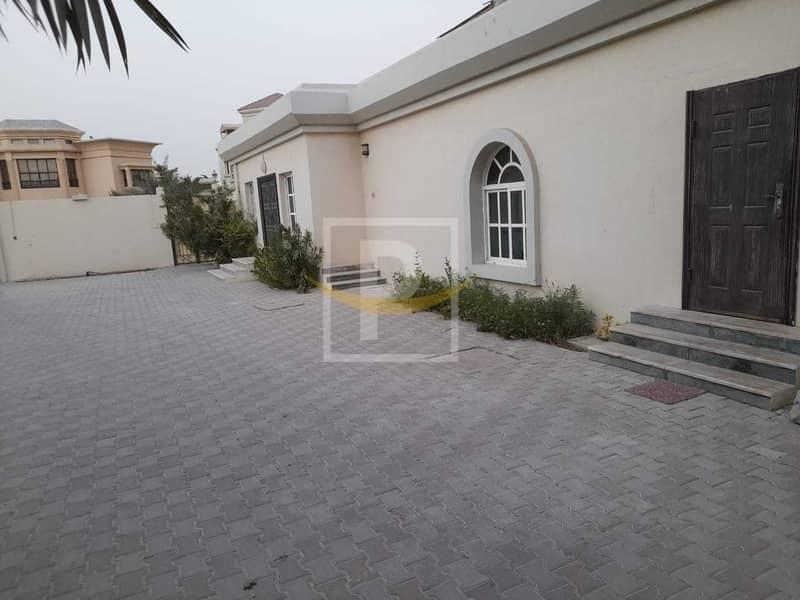 29 Marvelous 12 Bedroom Villa for Rent in Umm Al Sheif