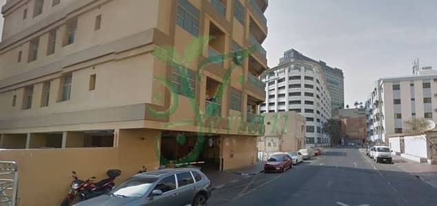 3 Bedroom Hall Available for  Sharing and Partition at Al Muraqabat