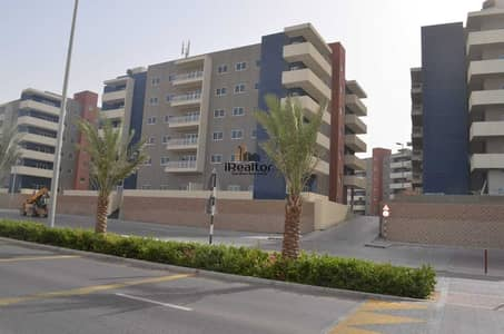 3 Bedroom Flat for Rent in Al Reef, Abu Dhabi - Make This 3 Bed With Maids Your Next Home