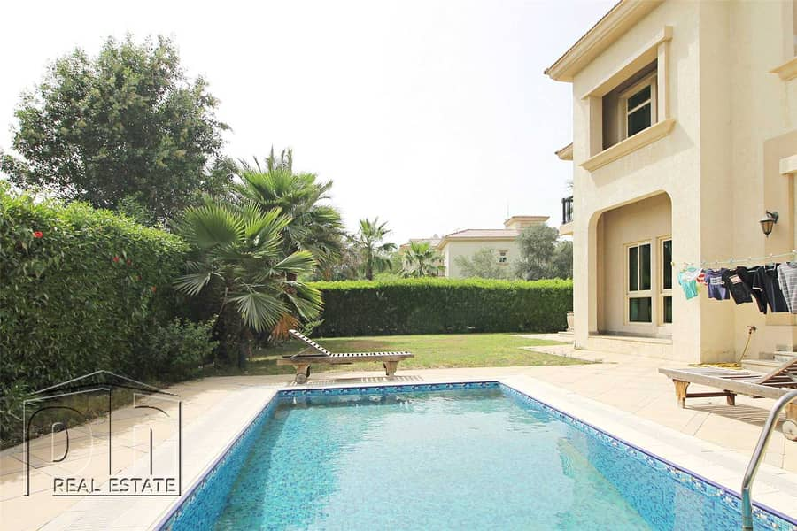 10 Immaculate Condition - Landscaped Garden - View Today