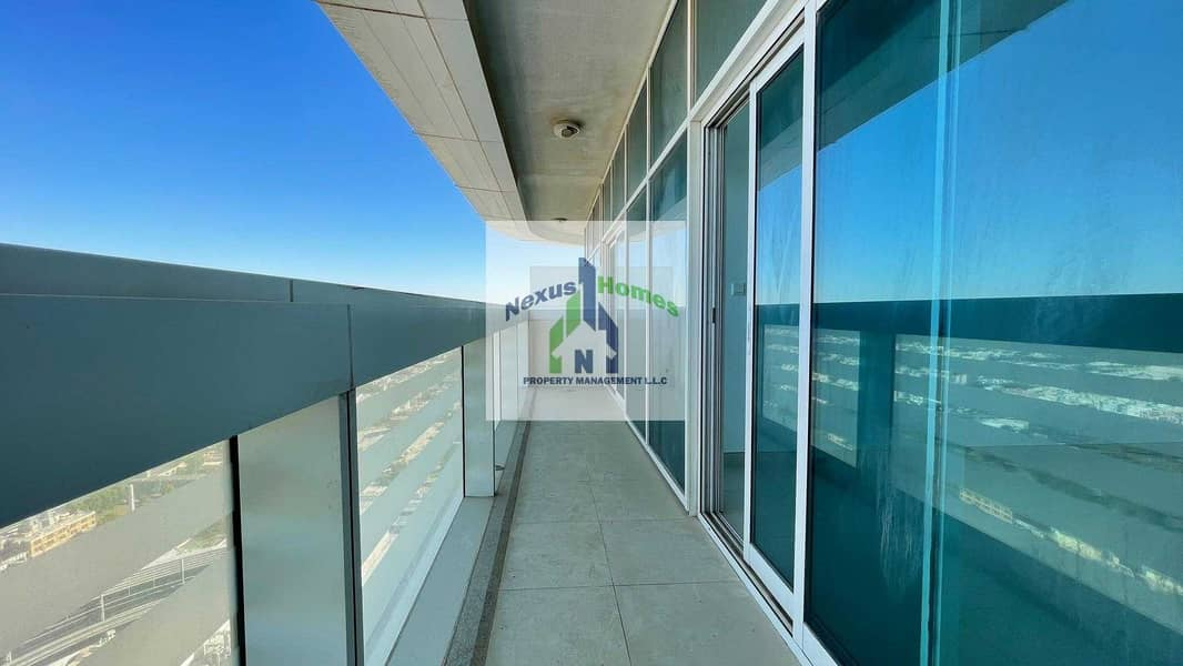 2 No Commission !! Beautiful Sea View | Spacious 1 BR Natural Lit