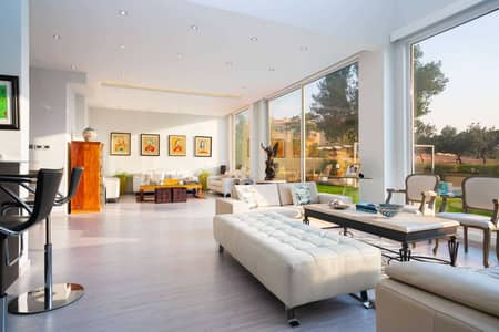5 Bedroom Villa for Sale in Jumeirah Islands, Dubai - Stunning Upgraded and Extended Entertainment Foyer