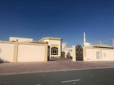 فیلا 4 غرف نوم للايجار في المزهر، دبي - SPACIOUS VILLA FOR RENT IN AL MIZHAR
