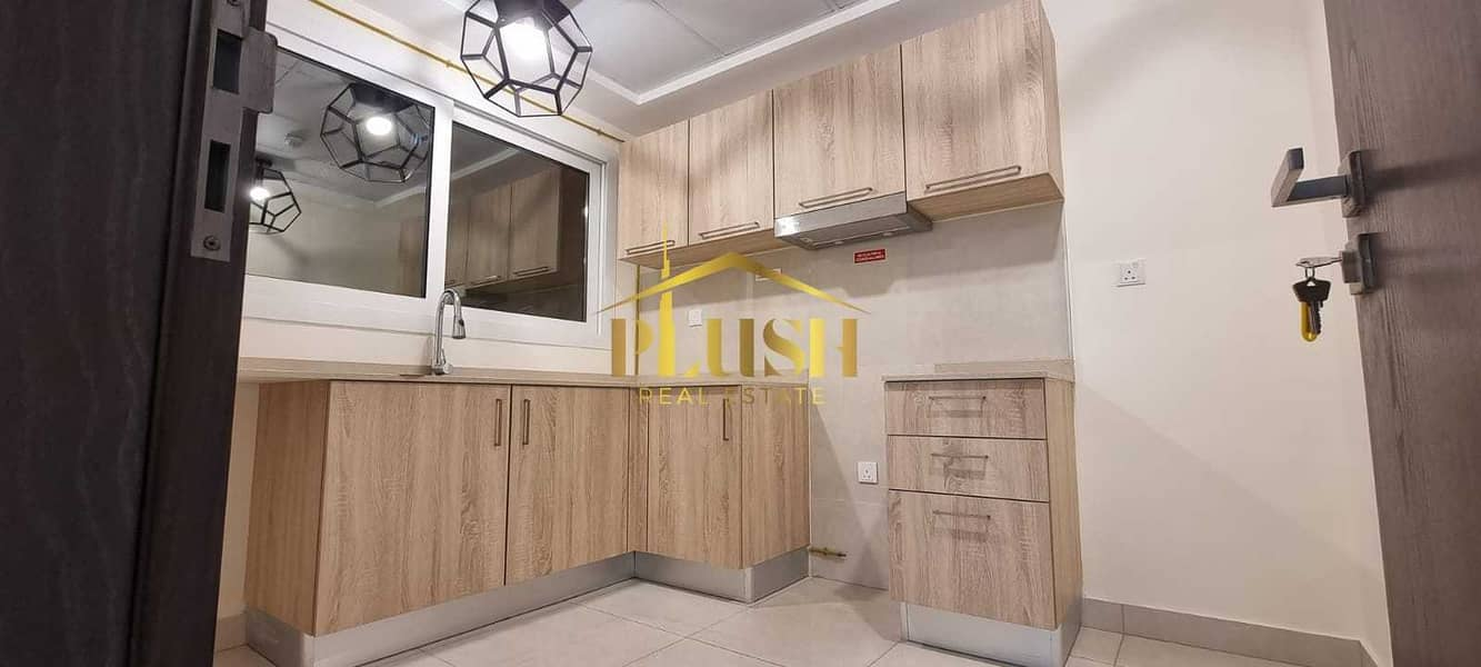 2 Partial Canal Face | Close Kitchen | Brand New