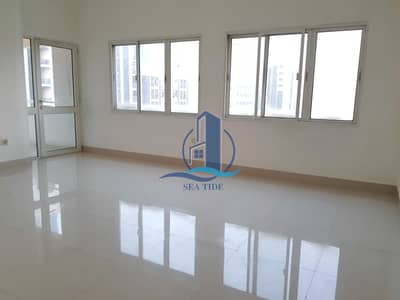 3 Bedroom Flat for Rent in Al Markaziya, Abu Dhabi - Limited Offer 3 BR Apartment with Balcony