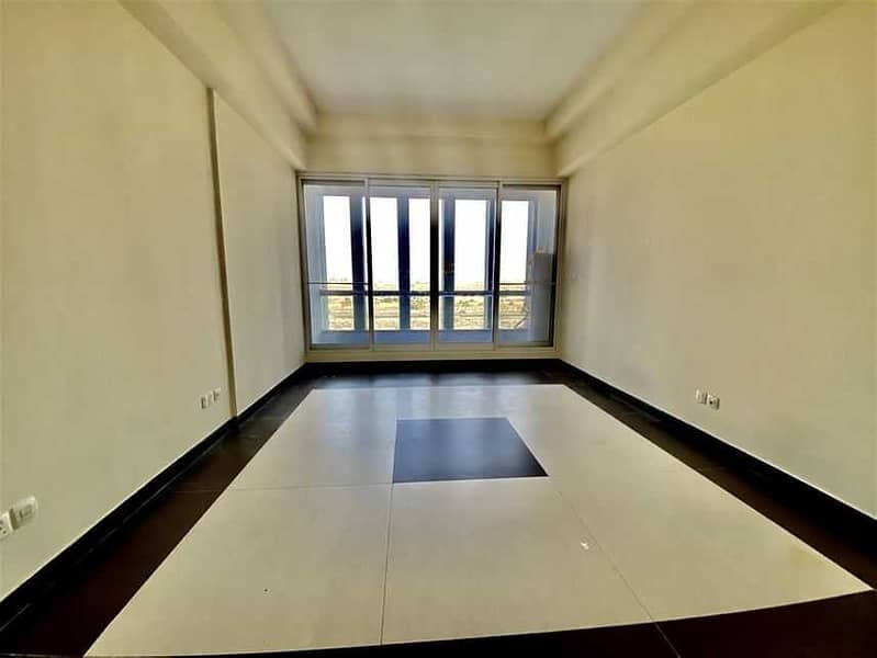 Spacious Bright Huge Studio For Rent In Silicon Oasis