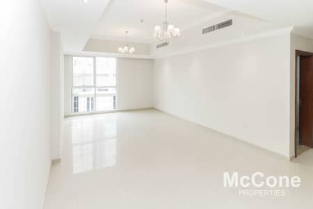 2 Bedroom Flat for Rent in Downtown Dubai, Dubai - Available   Near Fountain Views   Multiple Units