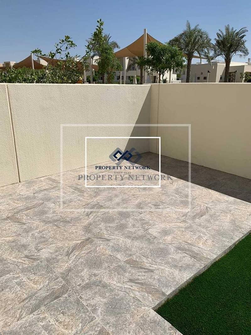 Corner plot  On pool and park I Mira Oasis