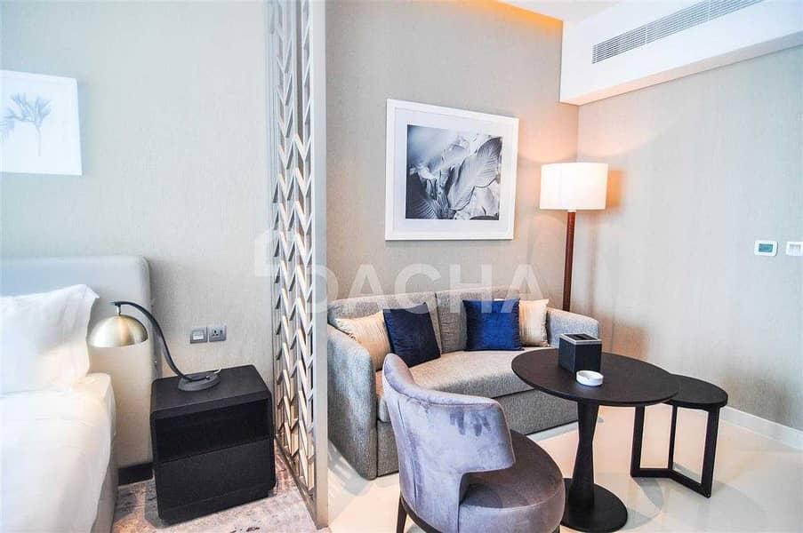 11 Luxury Furnished Studio with Balcony / 12 Chqs