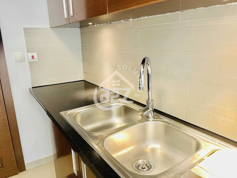 48 2 BR + maid room in Gate Tower   No commission