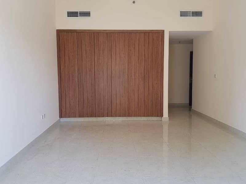 11 30 days free||  1 Bedroom with closed kitchen 35K