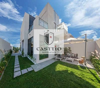 3 Bedroom Villa for Sale in Dubailand, Dubai - 3 Bed + Maid\'s big size  | Call Today |Near Pool and Park | Single Row 3 and 4 Beds plus Maid / NO COMISSION