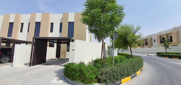 2 Bedroom Villa for Rent in Al Tai, Sharjah - Awesome 2bed/r with maids with full facilities free rent 60k in 4chqs 2200sqft in nasma residences