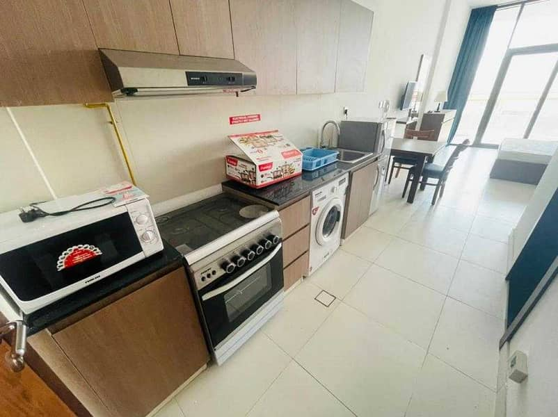 FULLY FURNISHED SPECIOUS STUDIO AVAILABLE @ 31,000 in DSO (1 Month Free)