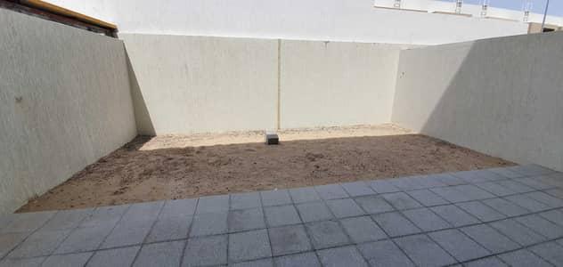 3 Bedroom Villa for Rent in Al Tai, Sharjah - Modern design*The most luxury 3bedroom+maidsroom villa 2200sqft rent 70k in 4chqs in nasma residences area