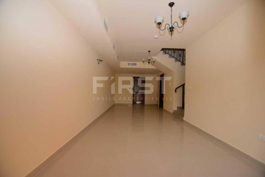 2 Hot Offer | Nice Corner Villa | 2 Cheques