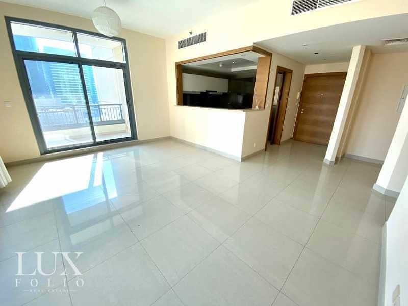 Study Room   Available Now   Bright Apartment