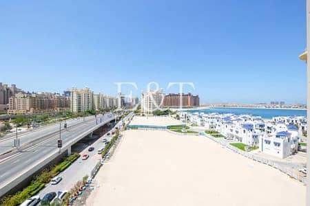 3 Bedroom Apartment for Sale in Palm Jumeirah, Dubai - Vacant On Transfer   Beach Side   High Floor   PJ