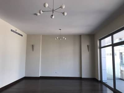 Duplex Two Bedrooms with Living Room Very Spacious