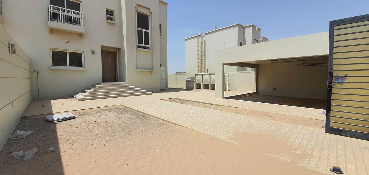 Duplex brand new 3br+maids villa 8000sqft, rent 80k in 4chqs( two month free ) in barashi