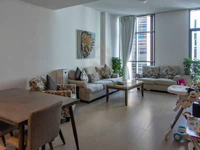 شقة 2 غرفة نوم للبيع في قرية التراث، دبي - Huge Bedroom   Negotiable   Water View   Well Maintained