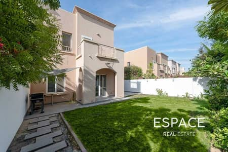 2 Bedroom Villa for Sale in The Springs, Dubai - Exclusive 2BR | Tasteful Upgrades | Prime Location