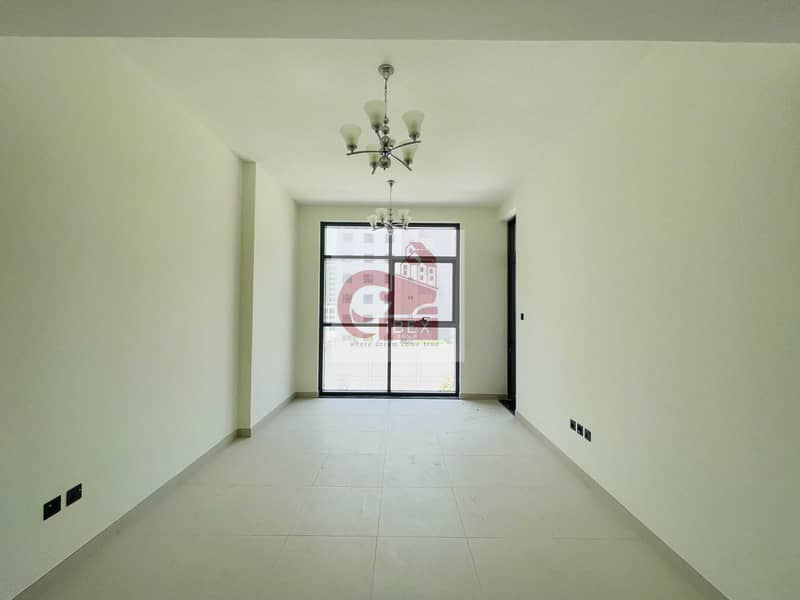 Brand new 1bhk with 30 days free near to metro station all amenities on sheikh zayad road