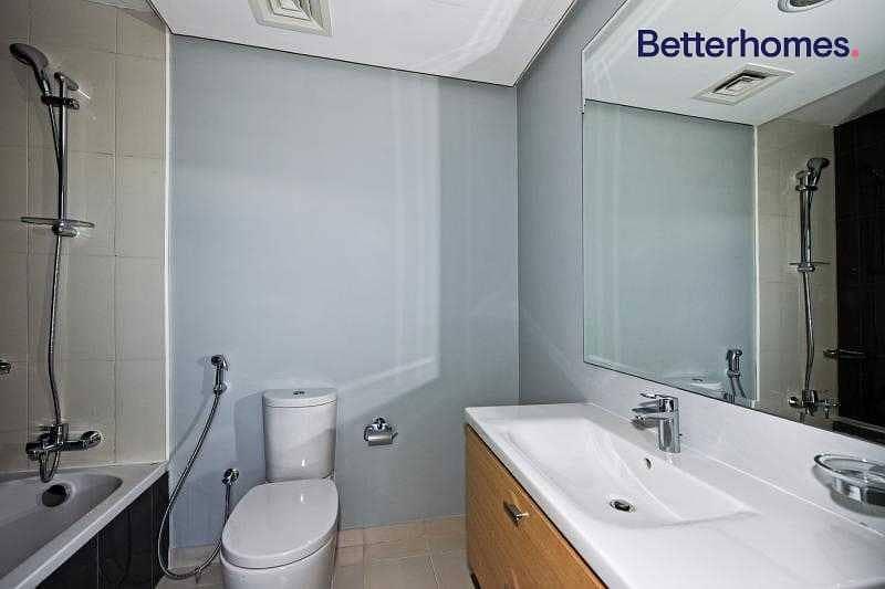 2 2 Bedrooms | Floor to ceiling window| Good view