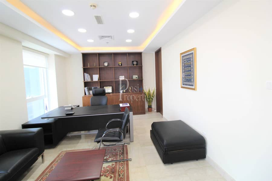FULLY FURNISHED|SPACIOUS|FULLY FITTED|VACANT