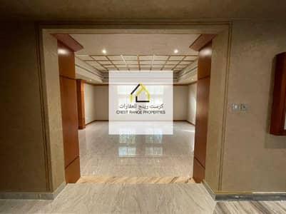 فیلا 4 غرف نوم للايجار في الخالدية، أبوظبي - Beautifully  Modified  All Master Bedrooms  Exotic finishing