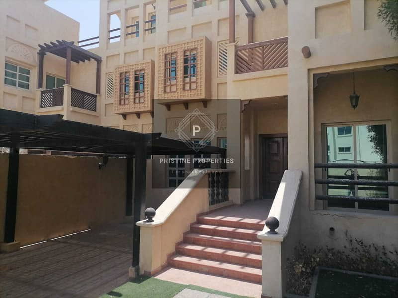 Double story Villa perfect location| Six payments