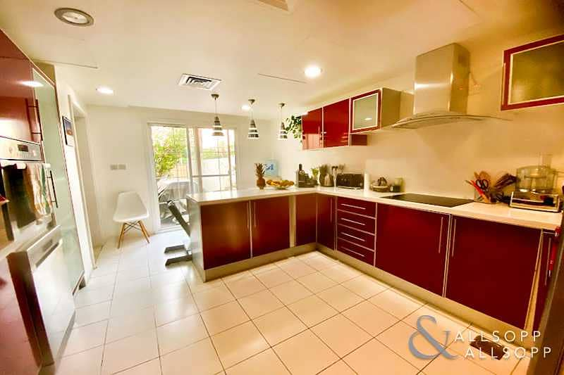 11 C End | Upgraded Kitchen | Zulal | 3 Beds