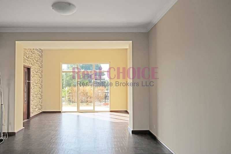 2 Well Maintained|Spacious 3BR Townhouse|Unfurnished