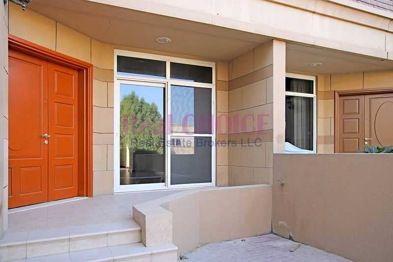 16 Well Maintained|Spacious 3BR Townhouse|Unfurnished