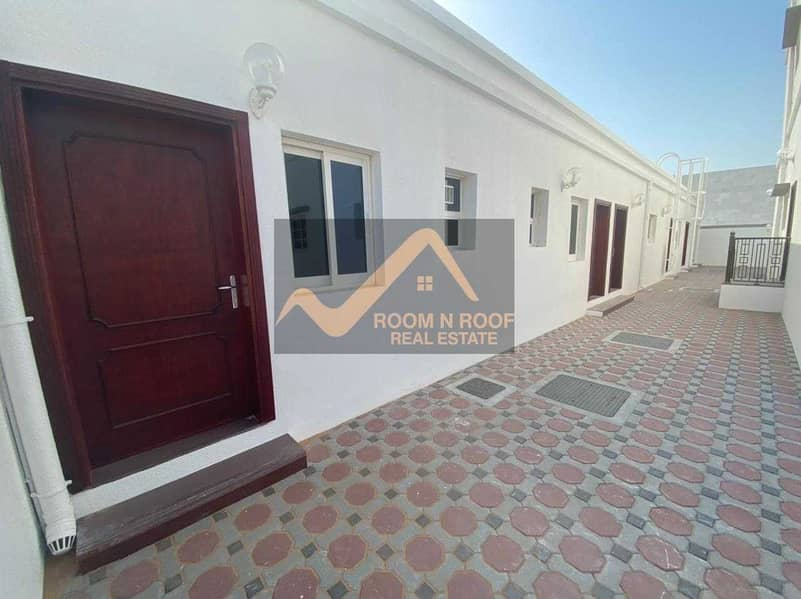 14 luxury Villa In Al Barsha  South 5 -Bed_Maids+Driver Rom For Rent