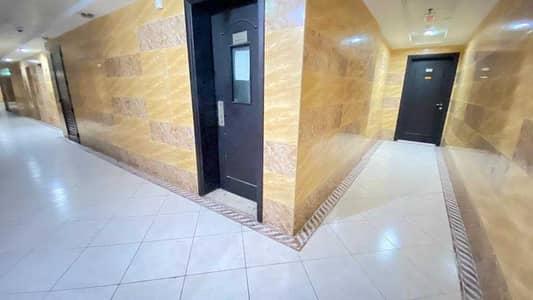 شقة 3 غرف نوم للايجار في النهدة، الشارقة - شقة في مجمع النهدة السكني النهدة 3 غرف 36000 درهم - 5380382
