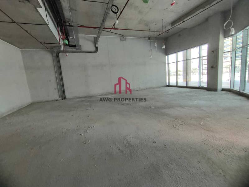 2 3 months free! Shell and core! brand new ! closed to metro! amazing view from  lake !