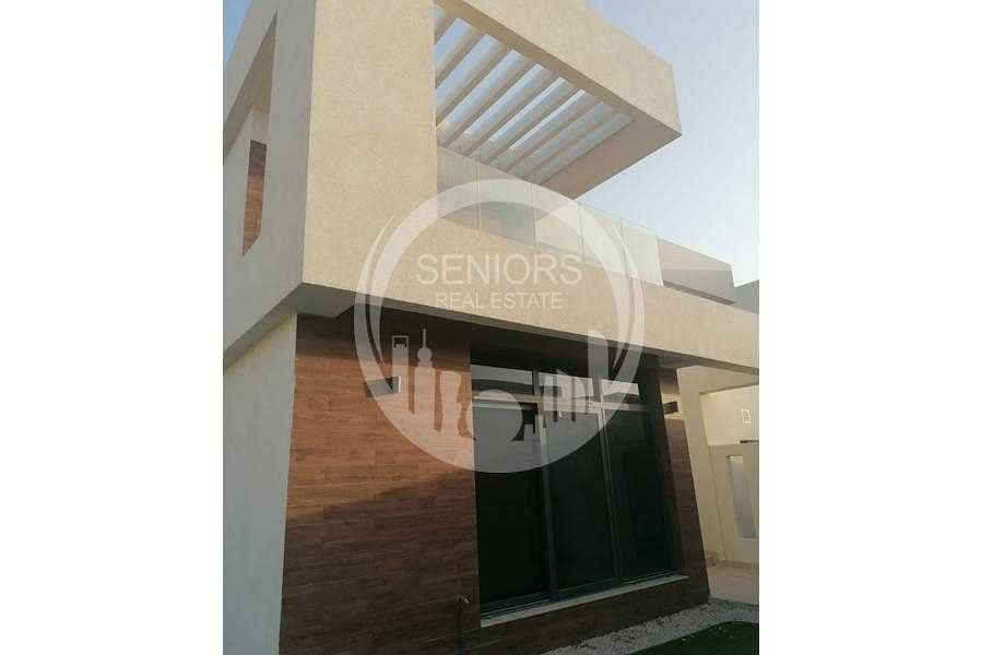 2 Very affordable vacant villa! Move in now