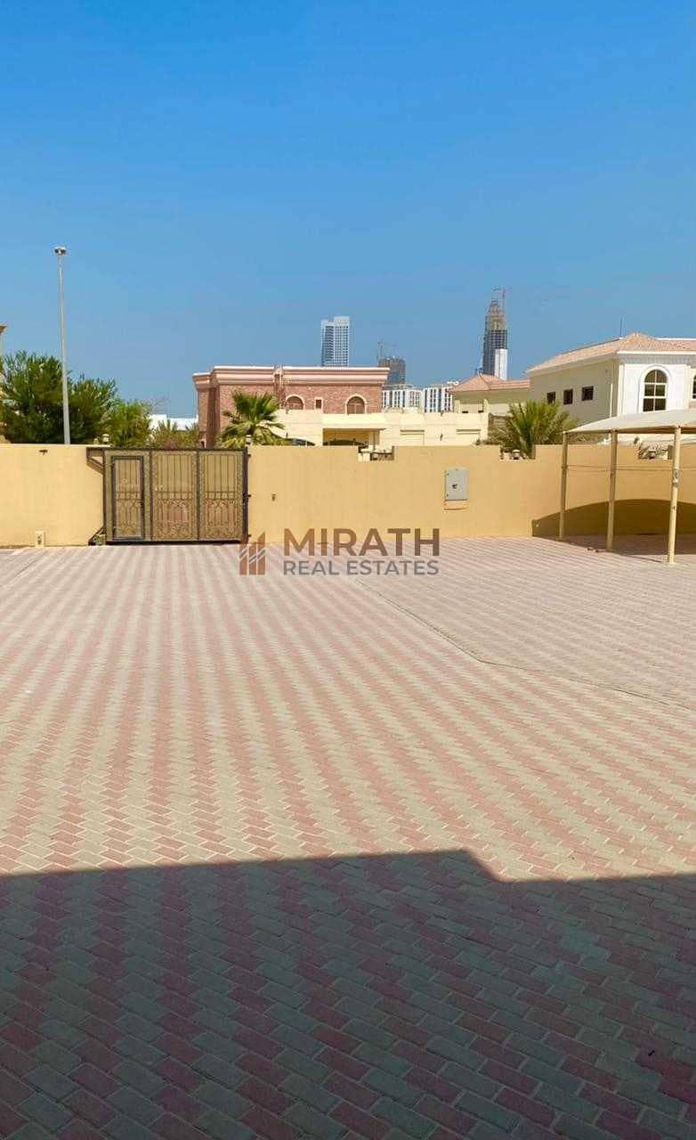 16 Arabic Style l Huge Space l 3 BR + MAID