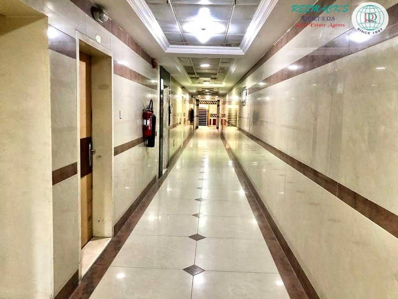 SPACIOUS 1 B/R HALL FLAT WITH BALCONY  IN INDUSTRIAL AREA 11