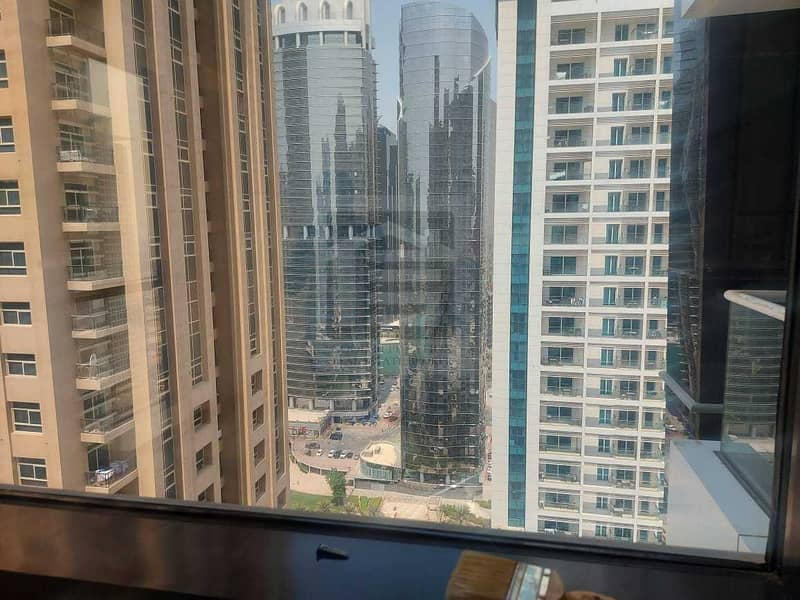 11 2BHK FOR RENT IN JLT ONLY IN 70K