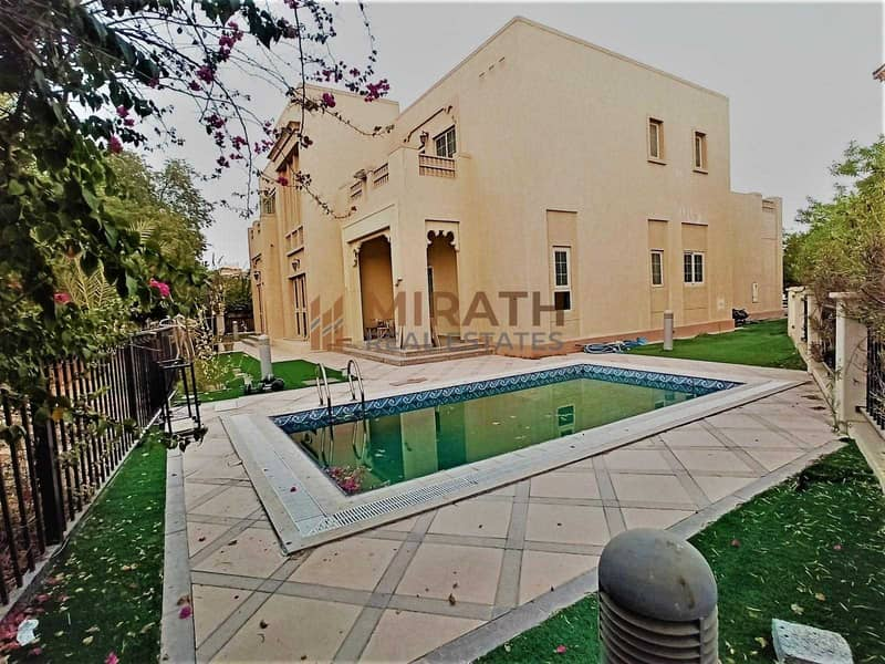 HOT DEAL  LAKE VIEW 4BED  VILLA WITH POOL  BEAUTIFUL GARDEN