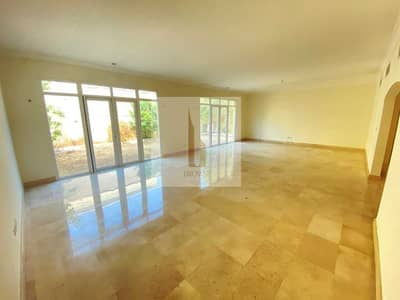 5 Bedroom Villa for Rent in Umm Suqeim, Dubai - INDEPENDENT  VILLA 5BR+MAID+PRIVATE GARDEN