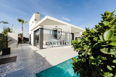 4 Bedroom Villa for Sale in DAMAC Hills (Akoya by DAMAC), Dubai - own your own villa with a special Hollywood character and be a star inside your own home