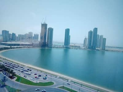 2 Bedroom Apartment for Rent in Al Khan, Sharjah - parking free/ open view/ good space / maintenance free