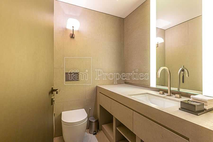 36 Middle 2BR w/Fountain View from All Rooms!