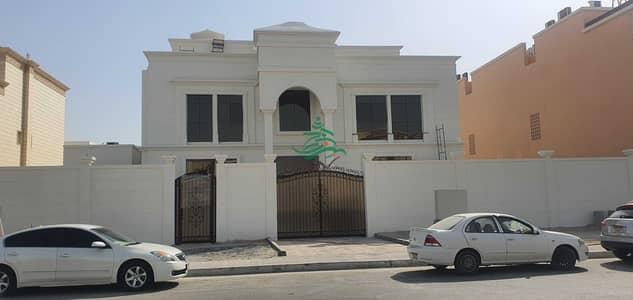 فیلا 7 غرف نوم للايجار في المطار، أبوظبي - Villa commercial and Residential in Al Bateen Airport