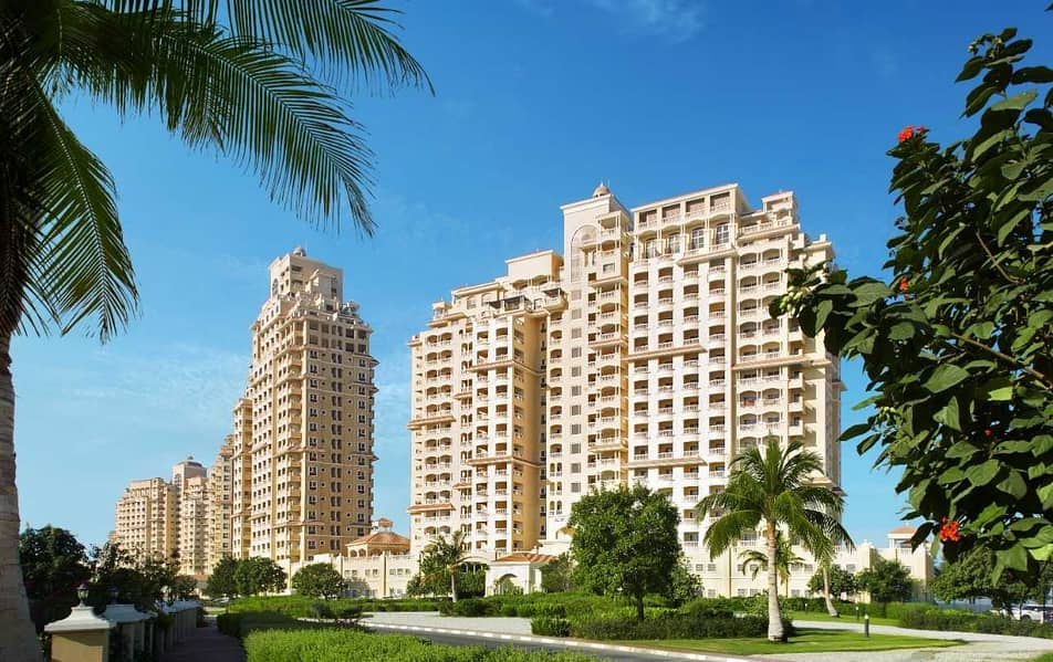 2 Own an apartment in the most prestigious locations of Ras Al Khaimah and get a 12-year residence permit and a commercial